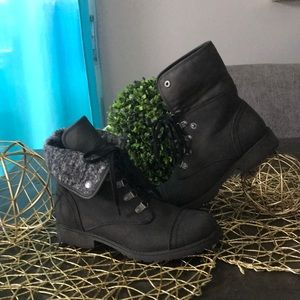Roxy Girl Boots